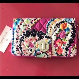 Vera Bradley turnkey wallet. NWT